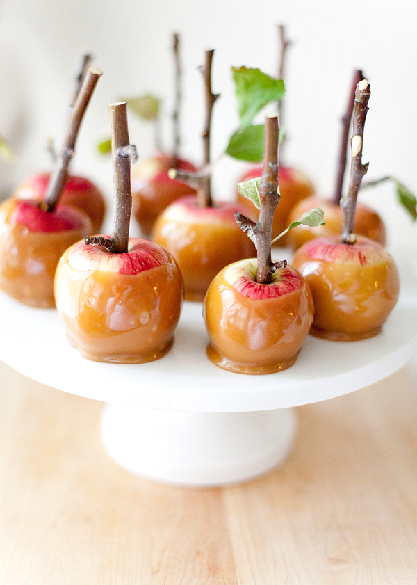 twig caramel apples