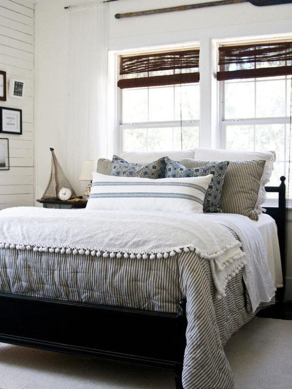 Bedroom-Design-Guide_LaylaPalmer-cottage-chic-bed_s3x4_lg