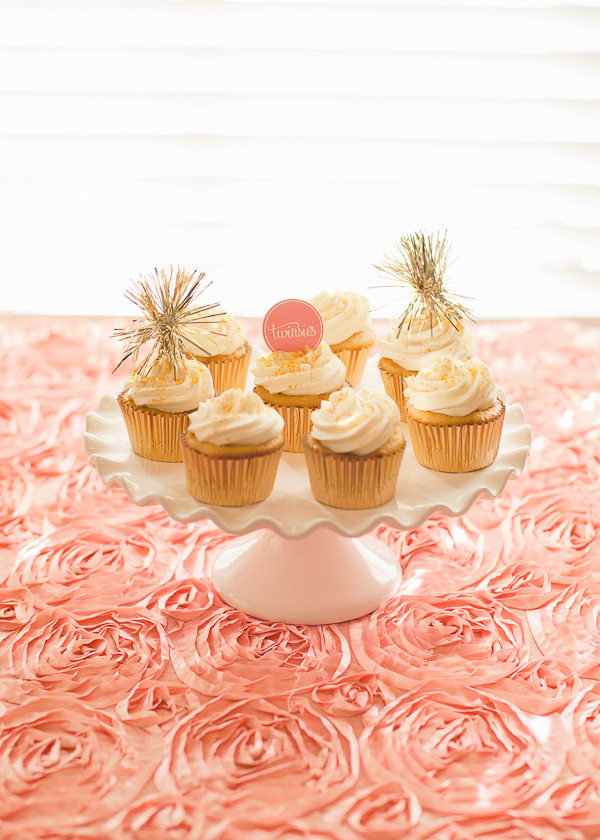 tinsel cupcake toppers