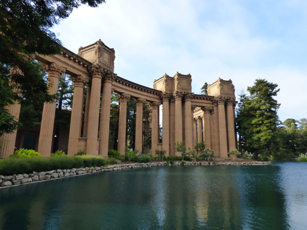 palace-of-fine-arts-lagoon