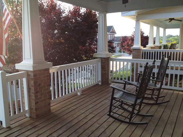 porch-with-rockers