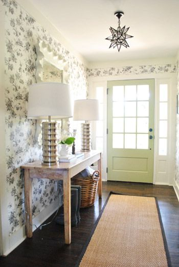 console-table-in-entryway