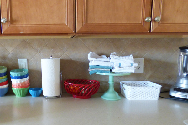 cloth-towels-in-the-kitchen