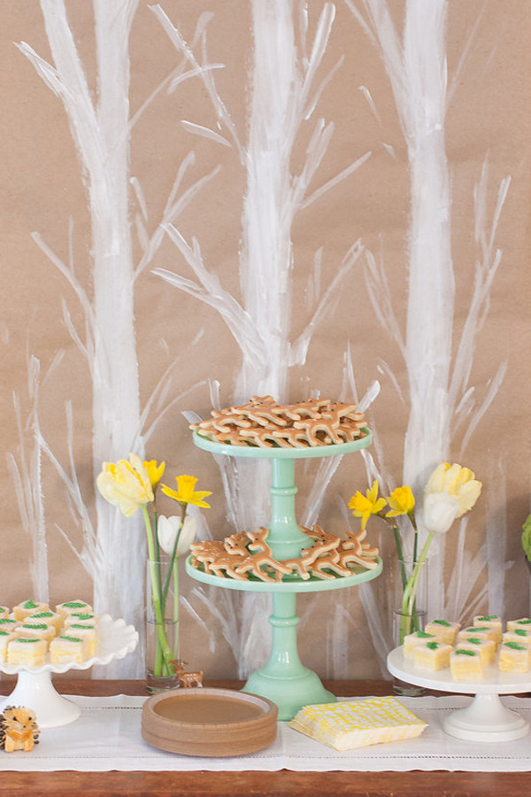 woodland-dessert-table
