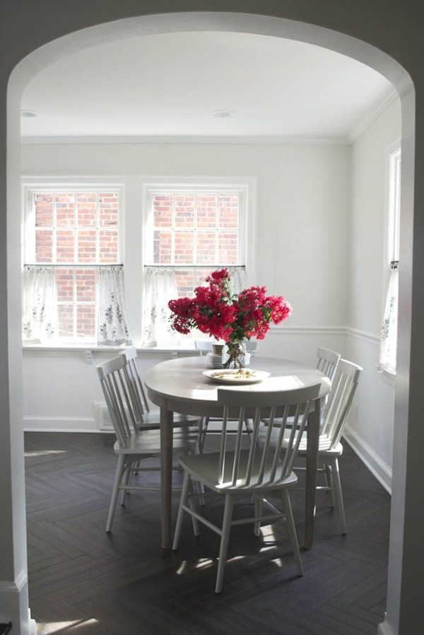 gray-dining-chairs