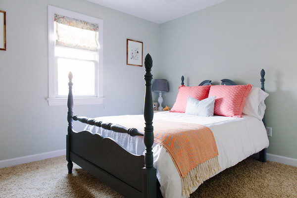 cheerful guest room